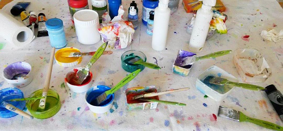 Farben und Pinsel, Malworkshop Doris-Victoria Zeiller