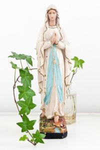 Hübsche Madonna mit schöner Patina