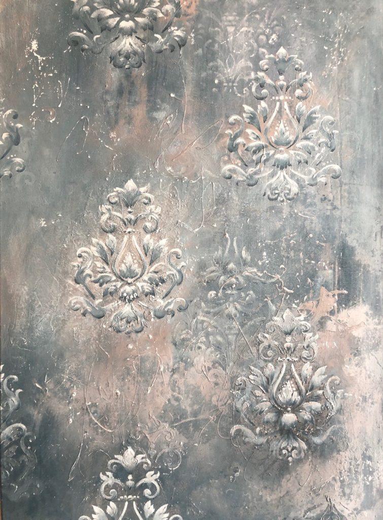 Ausschnitt patinierte Wand 3D Barock Muster